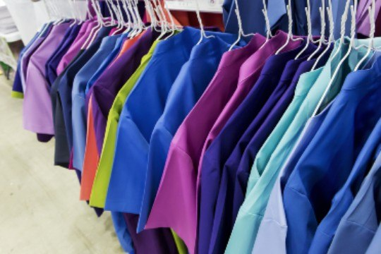 How business improves uniforms management with RFID?